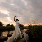 祈るように踊る  原 キョウコ